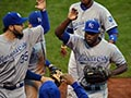 Royals edge Giants in Game 3 to take World Series lead