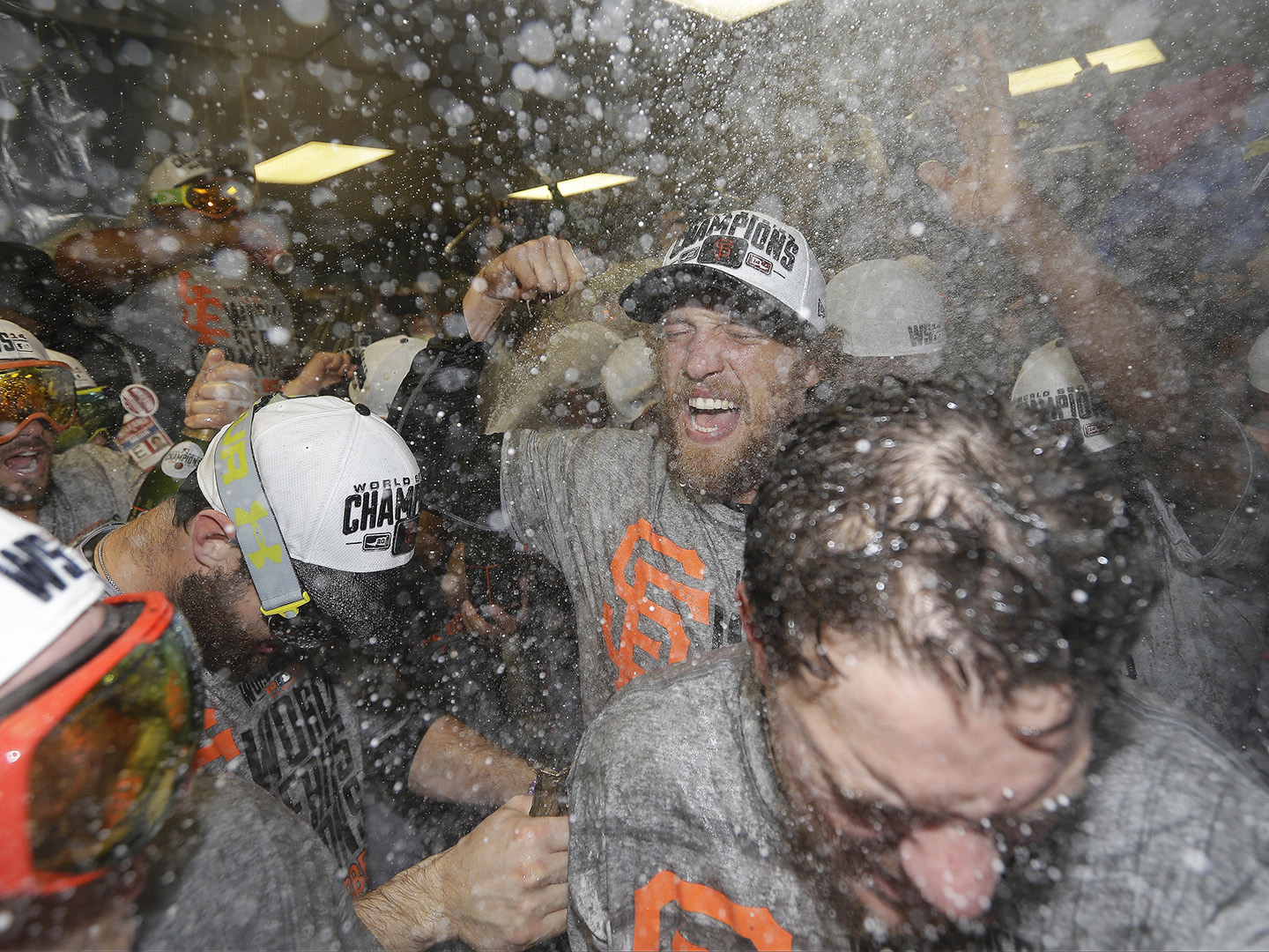 Giants claim World Series in thrilling Game 7