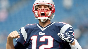 How long can aging Brady keep up hot streak?