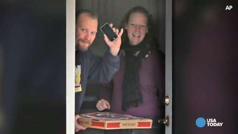 Social media go wild over Kaci Hickox bike ride | USA NOW