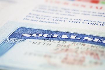 Retirees on Social Security get a raise in 2015