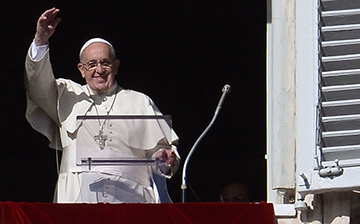 Pope Francis announces U.S. visit in 2015