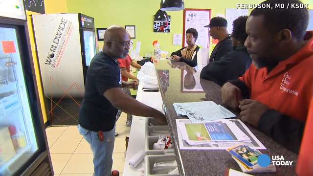Ferguson burger joint 'not boarding up' amid fear