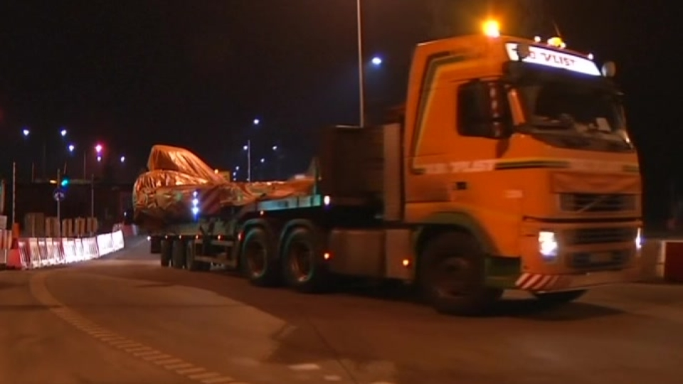 MH17 wreckage convoy reaches Poland en route to the Netherlands
