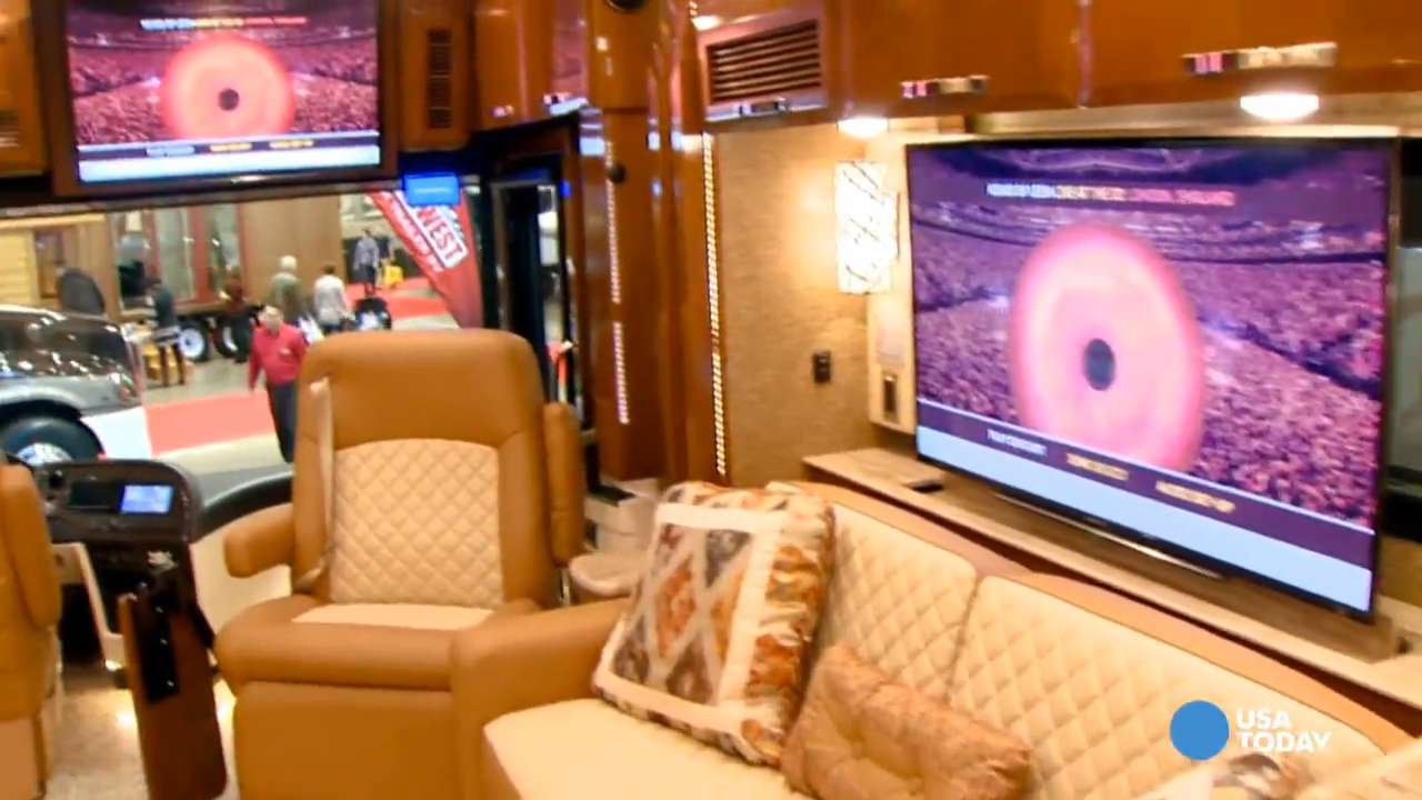 Low gas prices driving RV interest