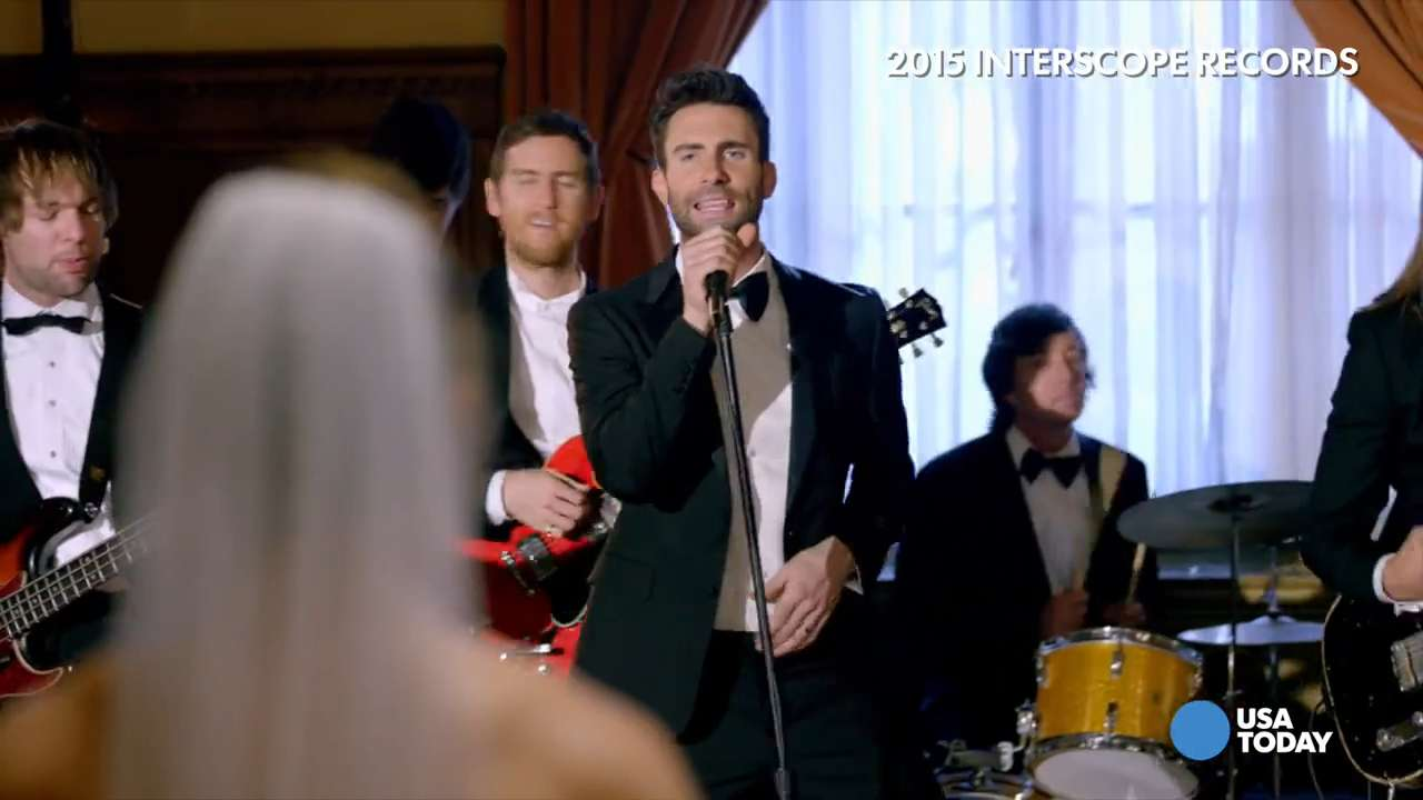 Maroon 5 Crashes Real Weddings
