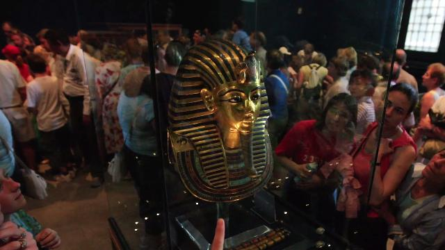 "King Tut burial mask ""irreversibly damaged"""