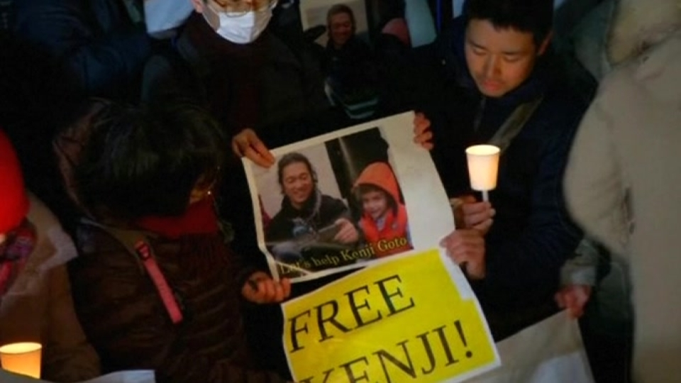Wife of Japanese hostage pleads with Islamic State