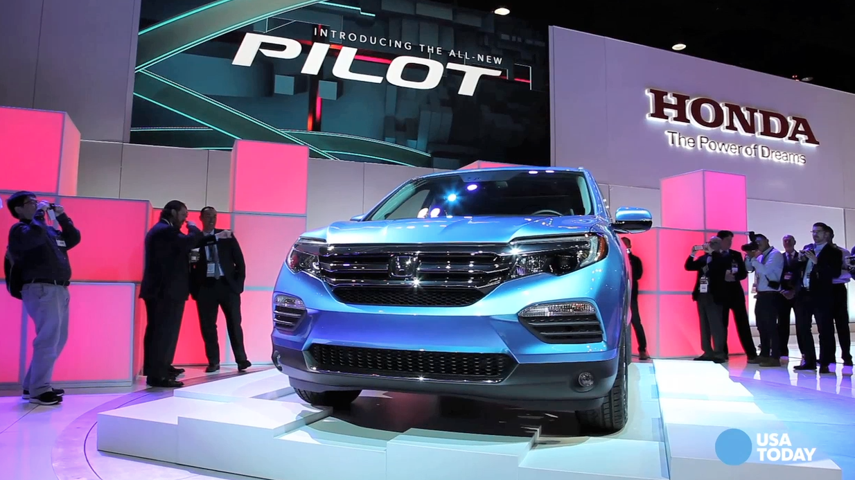Honda gives sleek new look to Pilot crossover