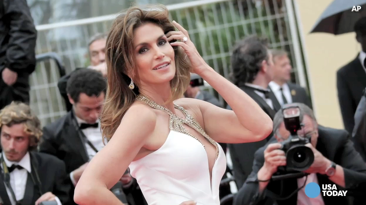 Cindy Crawford is insanely perfect after all | DailyDish