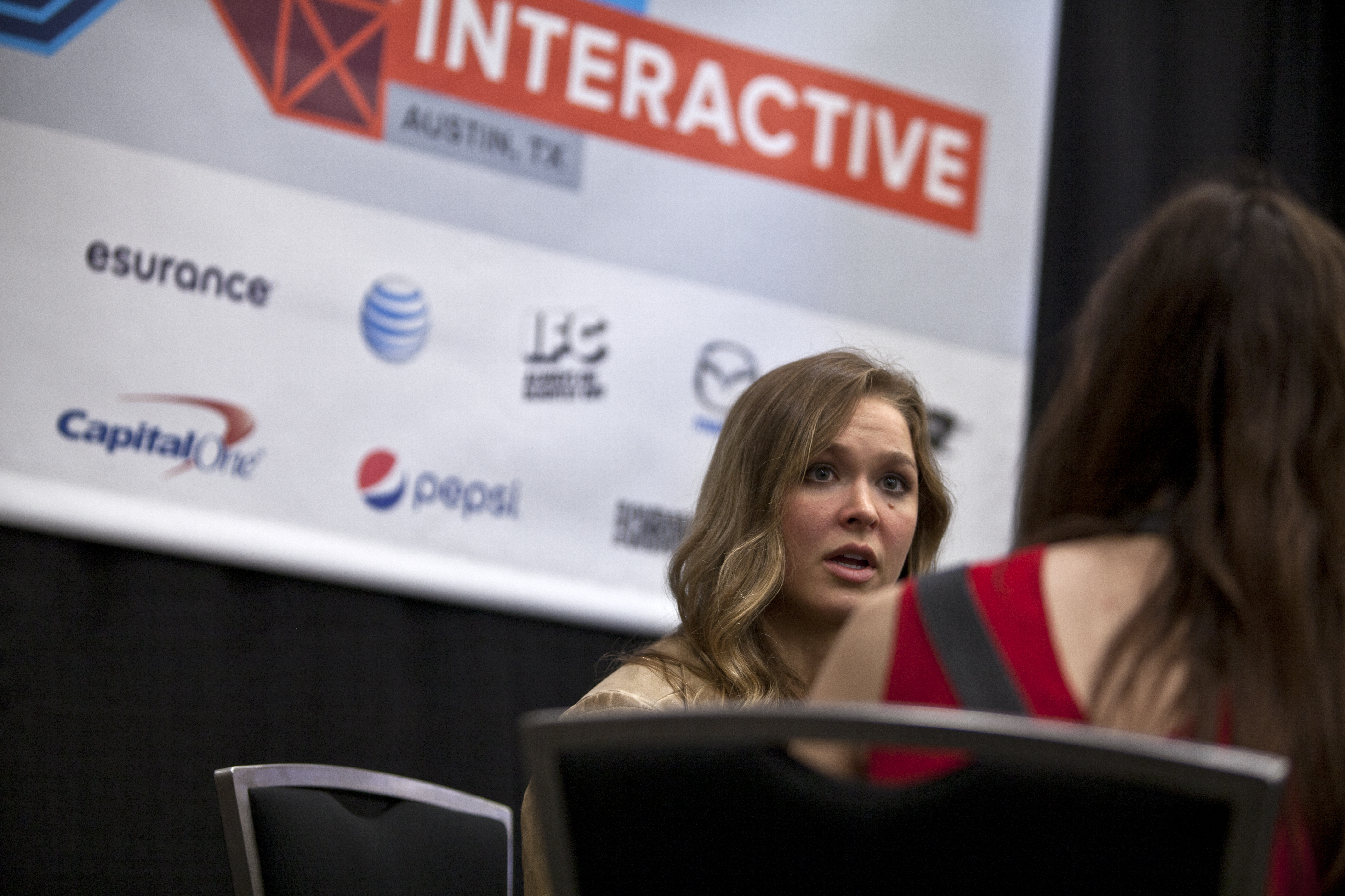 SXSW 2015 kicks it up with female MMA fighters