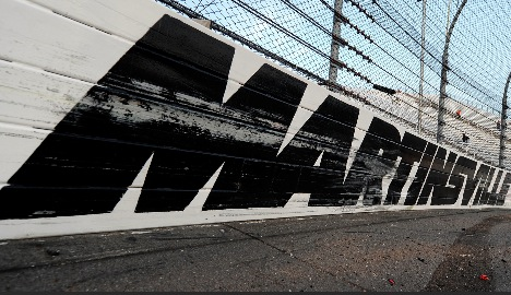 Jeff Gluck of USA TODAY Sports discusses the upcoming NASCAR race at Martinsville Speedway.