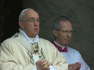 Pope Francis calls for peace in Easter message
