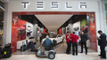 Tesla motors boosts Range, power and Price of entry-level model S