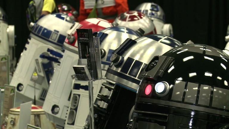 Droid builders show off their own R2D2s at star wars convention