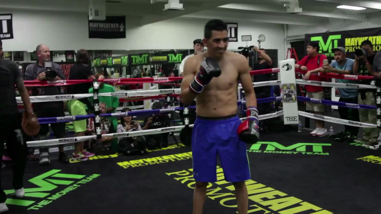 USA TODAY Sports meets with up and coming boxer Leo Santa Cruz as he gets ready for the biggest fight of his career.