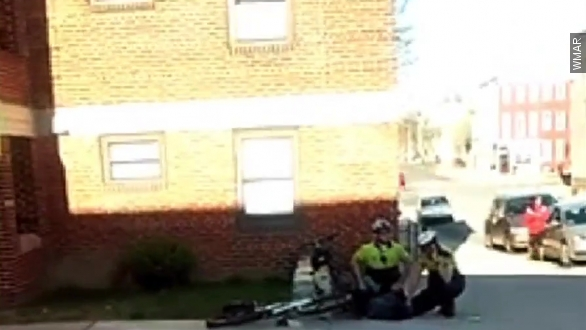 What happened while Freddie Gray was in police custody?