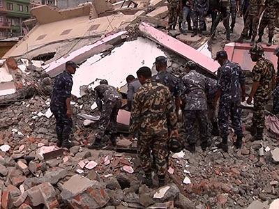 Residents fear aftershocks of Nepal quake
