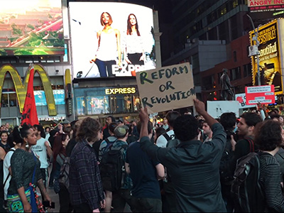 Raw: Protesters Disrupt New York Traffic