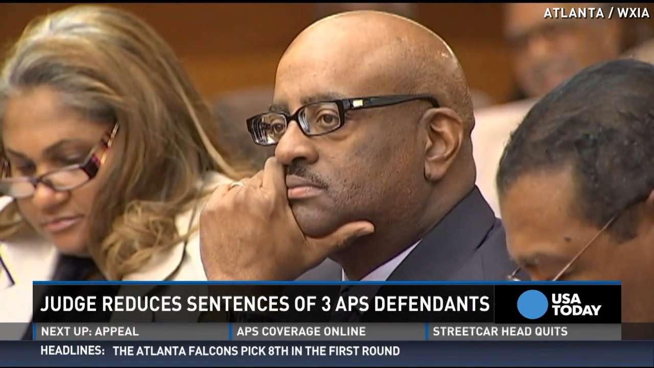 3 in Atlanta cheating scandal get reduced sentences