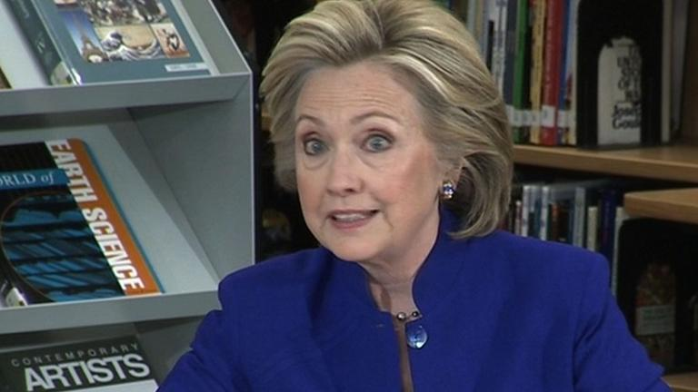 Hillary Clinton calls for immigration reform