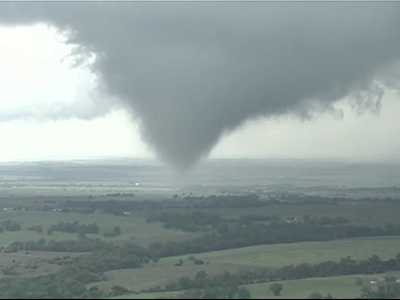 Raw: Severe weather in southwestern Okla.