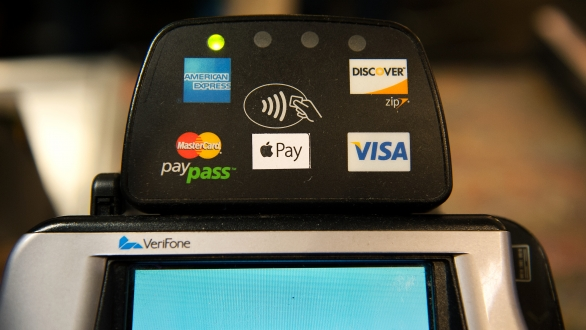 Can CurrentC beat Apple Pay in payment popularity contest?