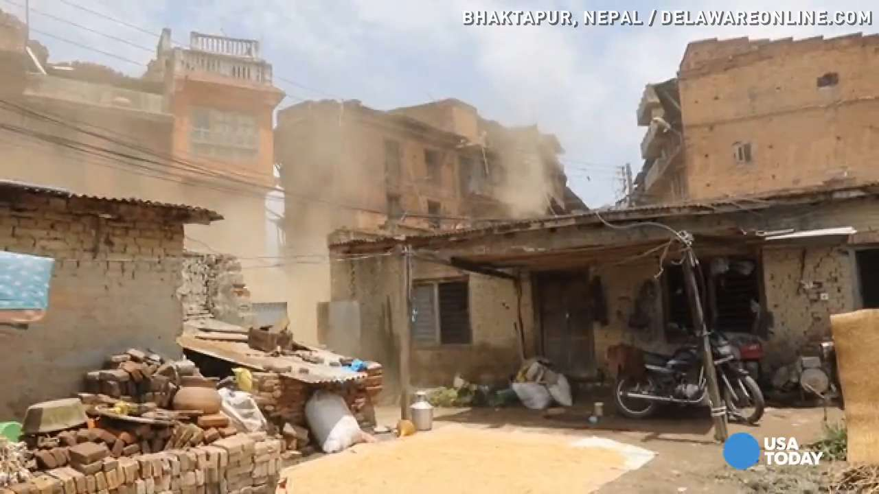 'Scary' second Nepal earthquake caught on camera