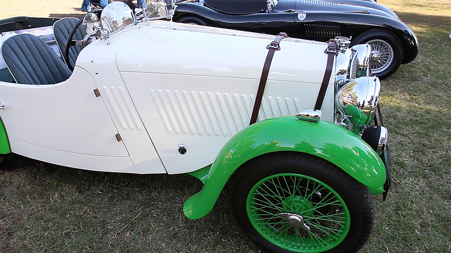 Just Cool Cars Singer Racer Is A Rare Beauty - Cool cars green