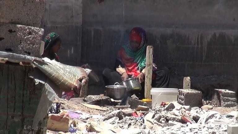 Residents of Yemen's Aden struggle as fighting rages on