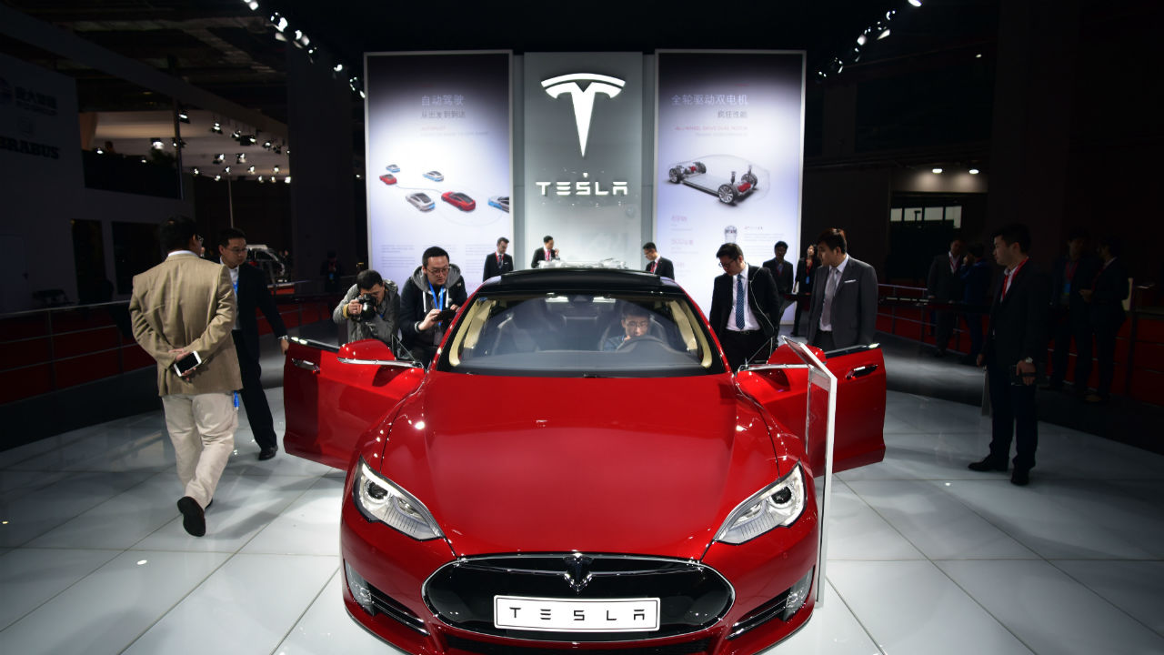 Why Consumer Reports says Tesla's new $127k car is 'undriveable'