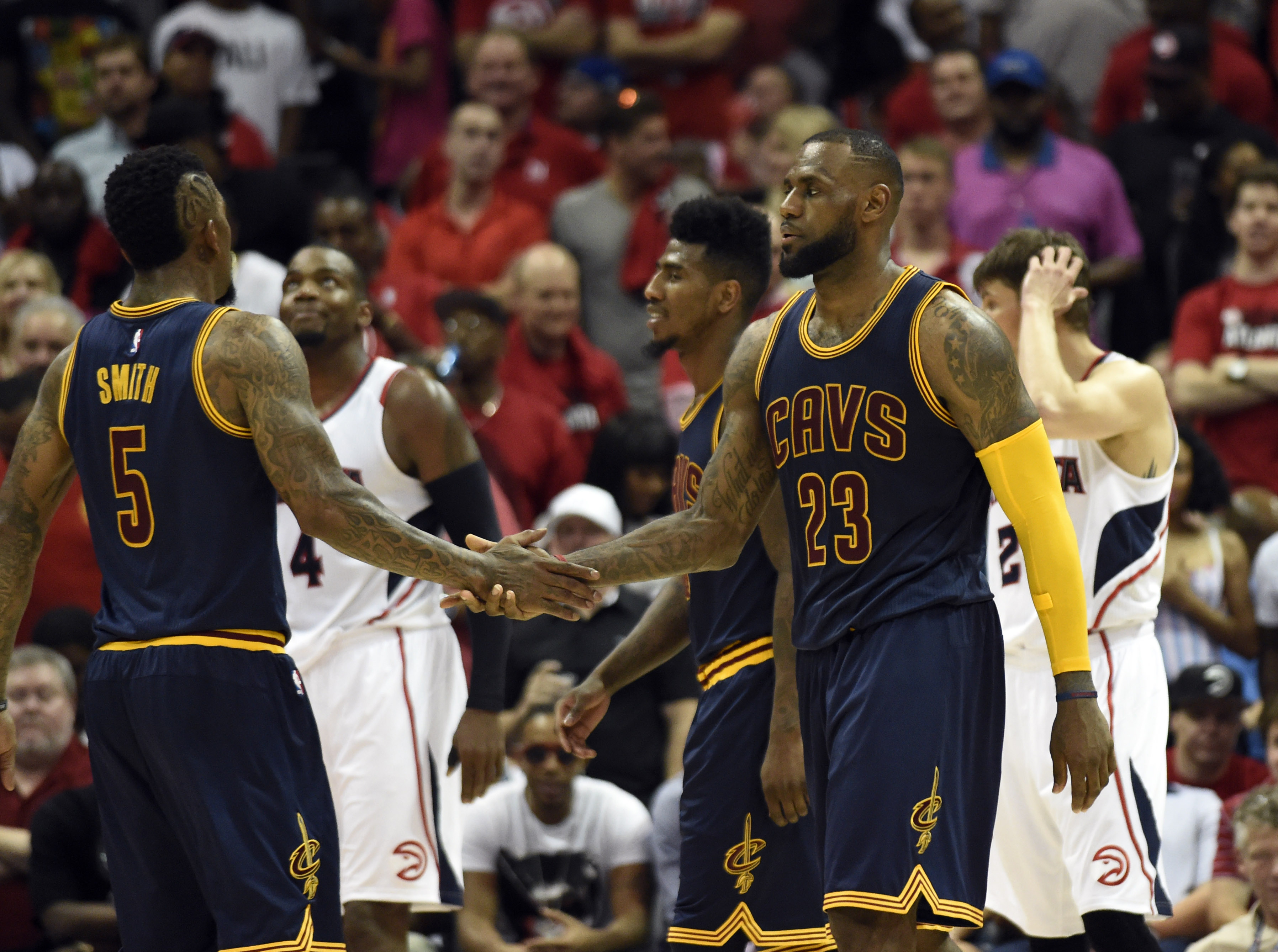 How LeBron, Cavs toppled Hawks in Game 1