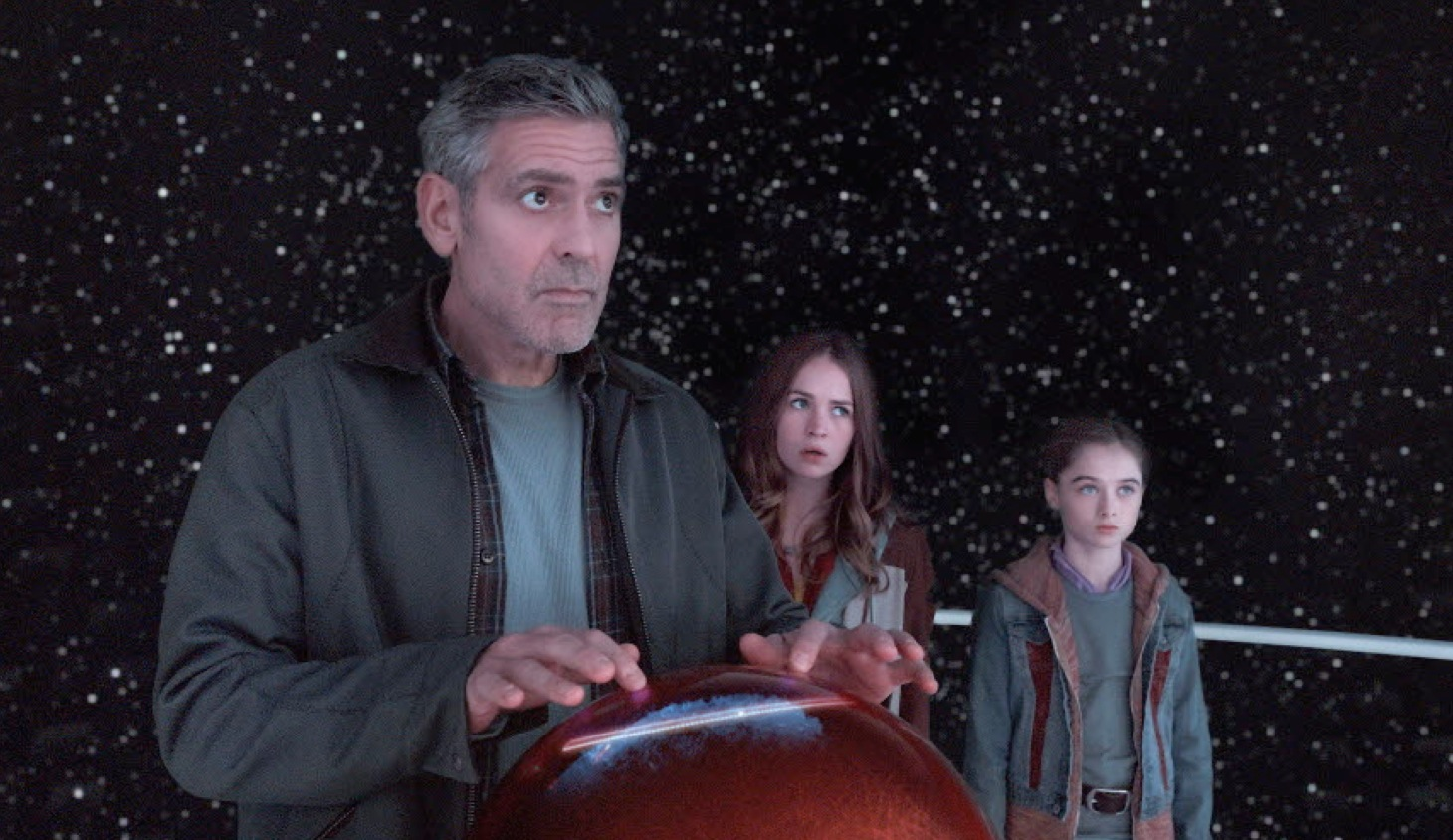 Clooney gets unexpected �Tomorrowland� love interest | USA Entertainment Now