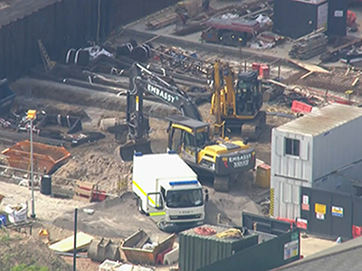 Raw: Unexploded WW2 Bomb Found in London