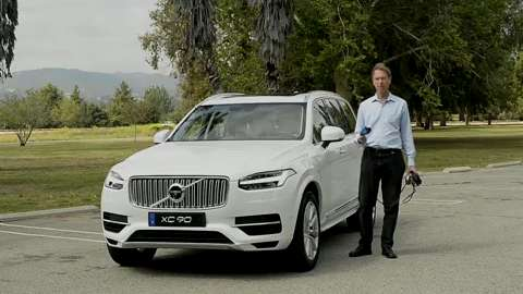 review: volvo bills xc90 as world's first 7-seat plug-in suv