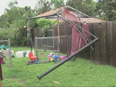 TX Residents Wake Up to Severe Storm Damage