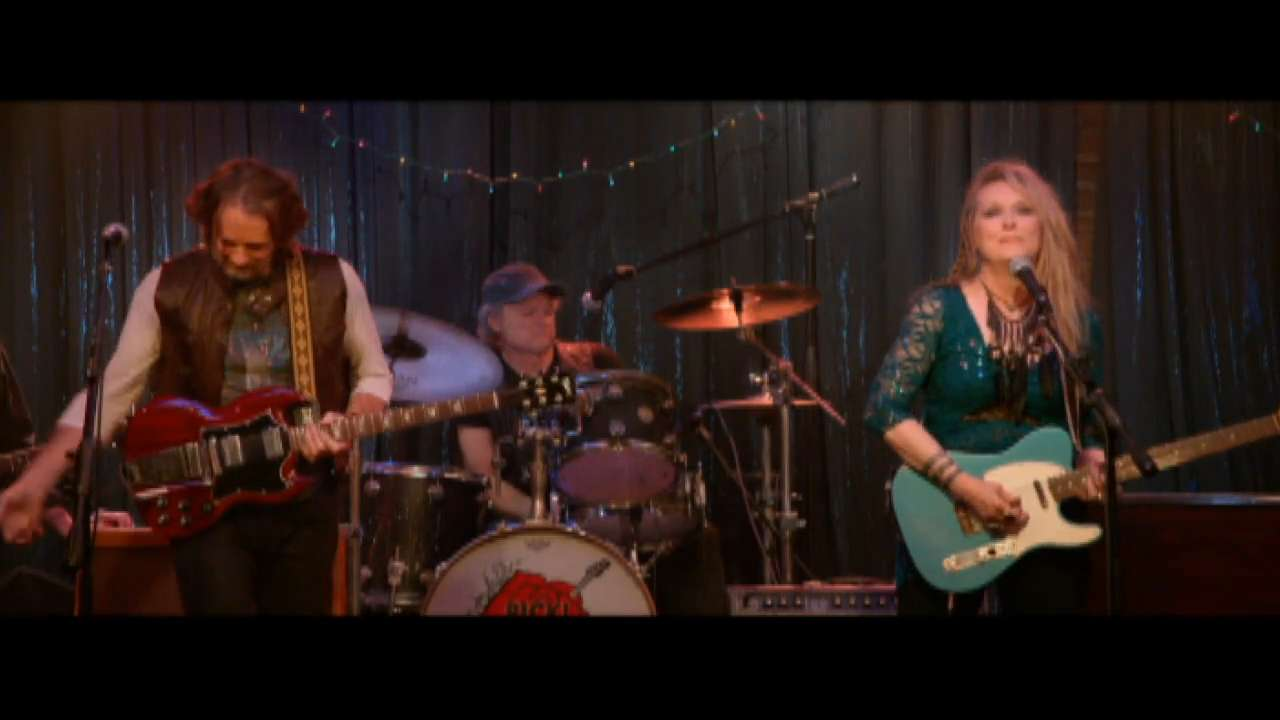 "Rick Springfield, left, as Greg, and Meryl Streep as Ricki perform at the Salt Well in TriStar Pictures' ""Ricki and the Flash."""