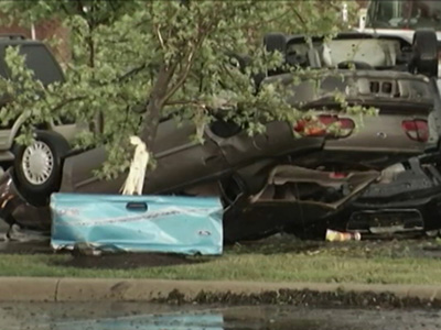 Raw: Storm Flips Cars in SW Ohio