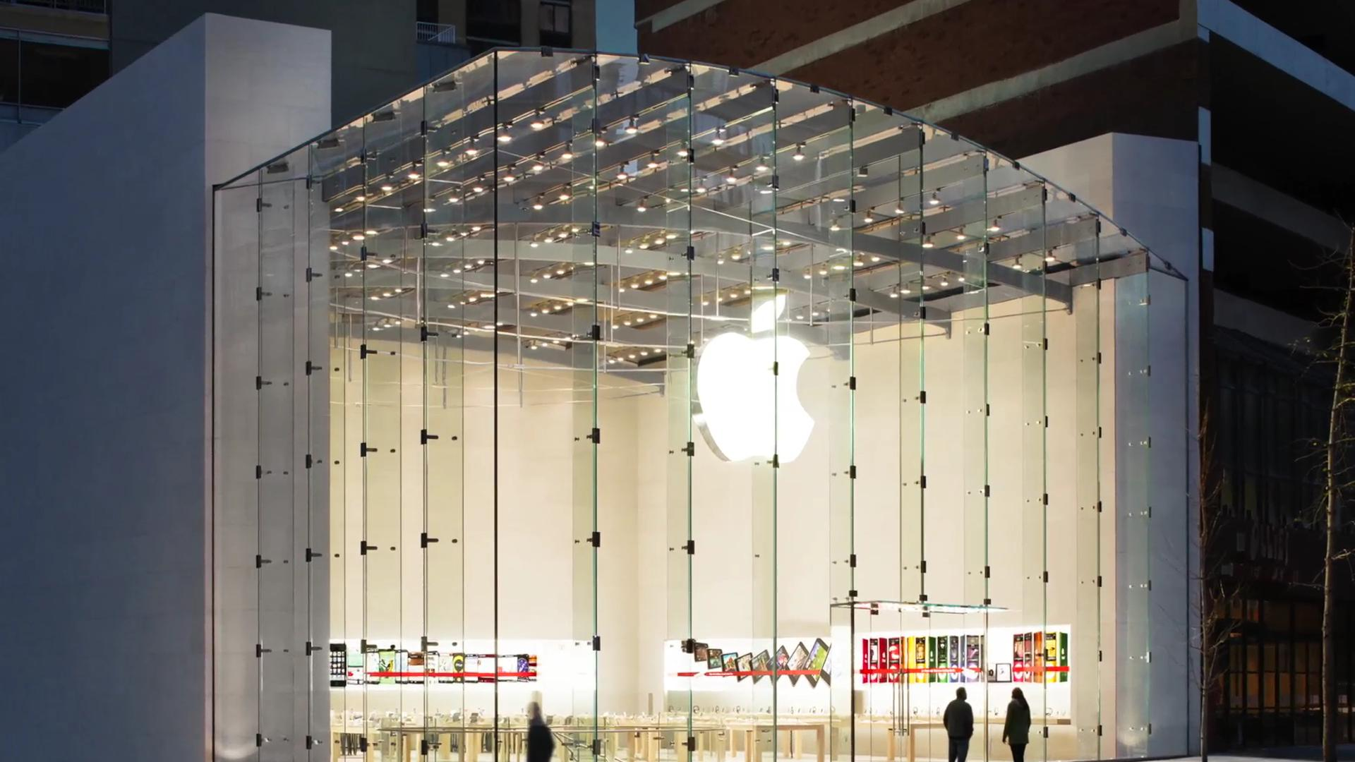 Apple reclaims title of world's most valuable brand