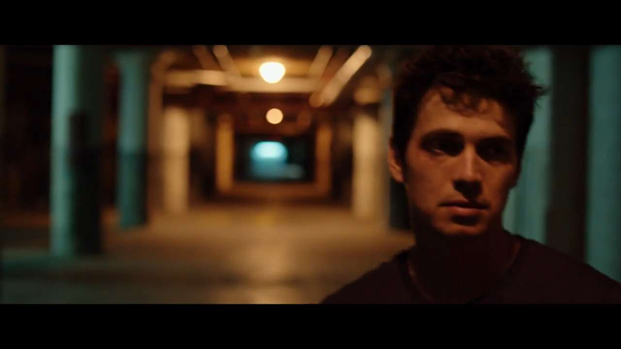 Exclusive clip: Christensen, Brody in 'American Heist'