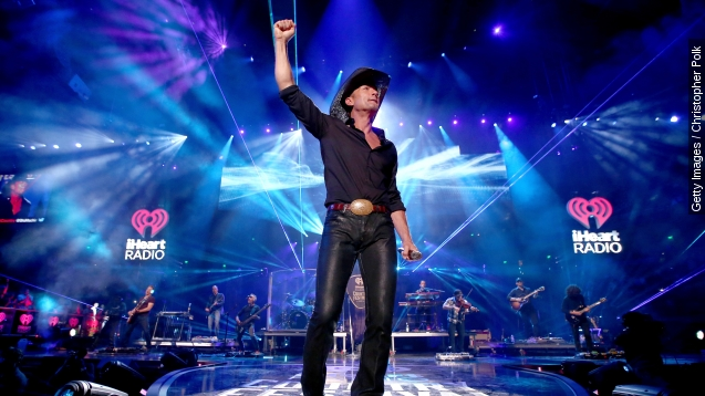 iHeartRadio country fest: Tim McGraw's pants stole The show