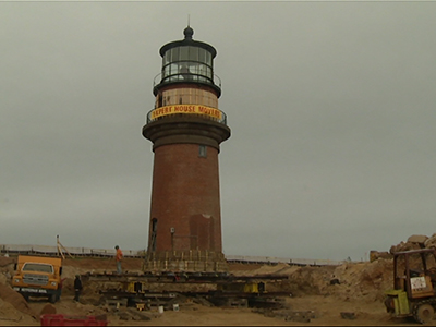 Iconic US lighthouse begins move inland
