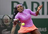 Tennis Channel Court Report: Serena avoids scare
