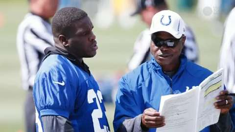 Colts' offense looks to take next step with Frank Gore