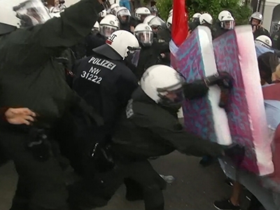 Raw: Activists, police clash ahead of G7 meeting