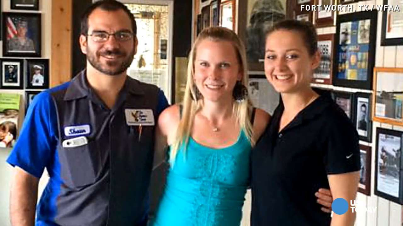 Random act of kindness by waitress will melt your heart