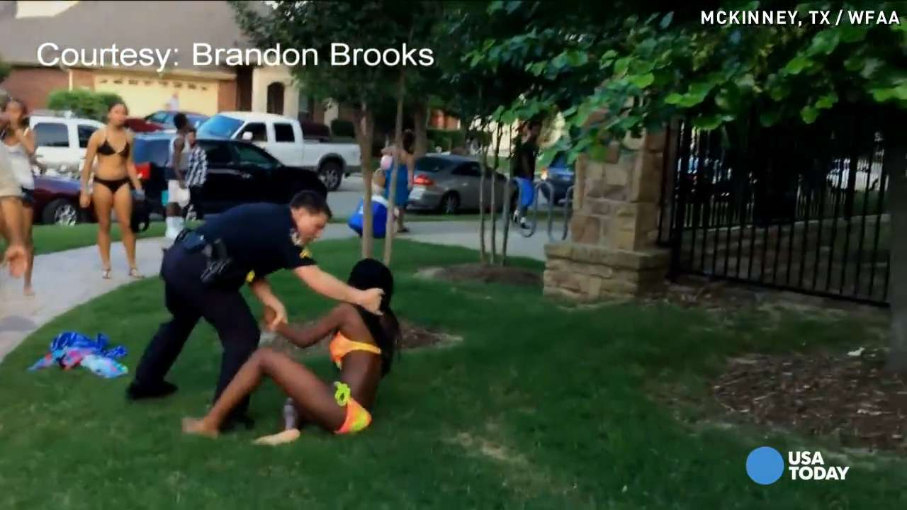 Community urges firing of Texas cop in pool party video