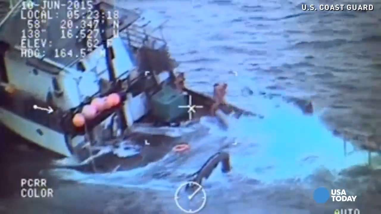 Dramatic video shows rescue of 4 men on sinking boat