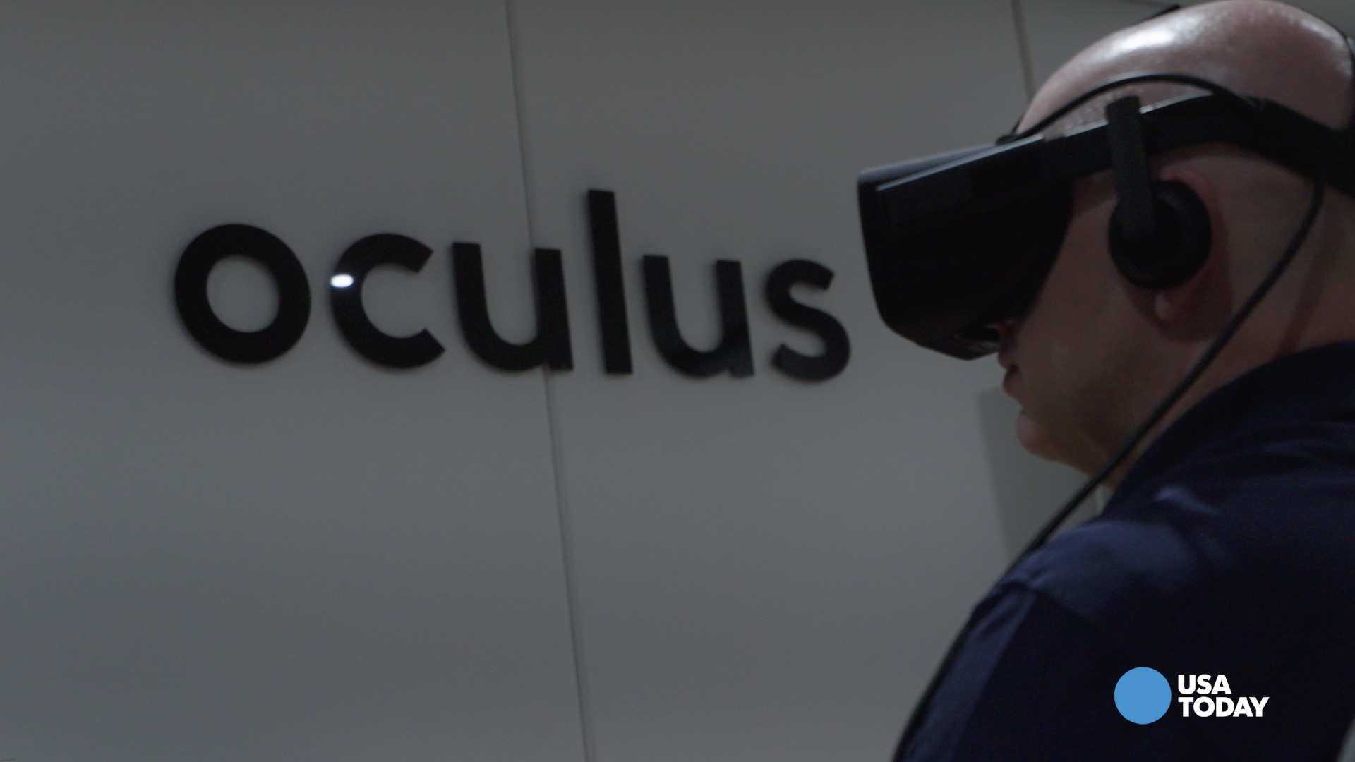 Days after unvieling the first consumer ready Oculus Rift, Oculus VR gives USA TODAY's Mike Snider a preview of what the device will offer for consumers at the 2015 E3 convention.