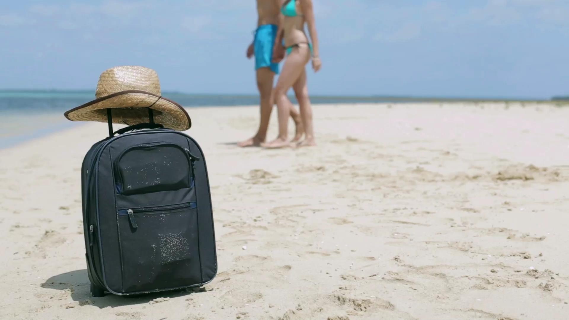6 Essentials you need in your carry-on